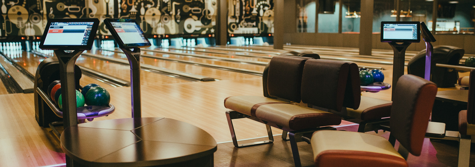 QubicaAMF-bowling-Kyrks-Ten-Lanes-banner.jpg