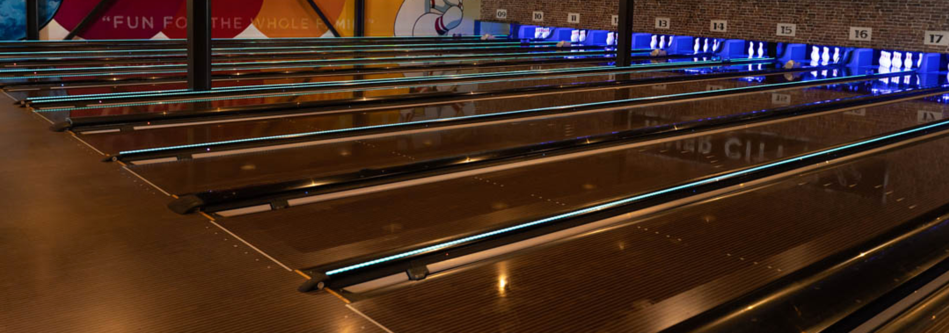 Bowling-QubicaAMF-CAPPING-LIGHTS-A-more-impactful-bowling-experience-banner.jpg