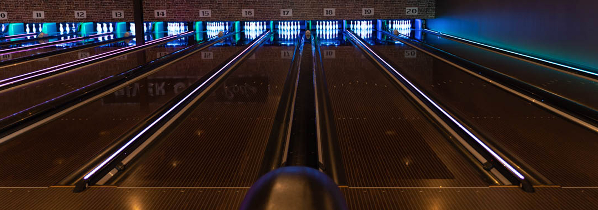 Bowling-QubicaAMF-CAPPING-LIGHTS-Capping-Illumination-built-for-Bowling-banner.jpg