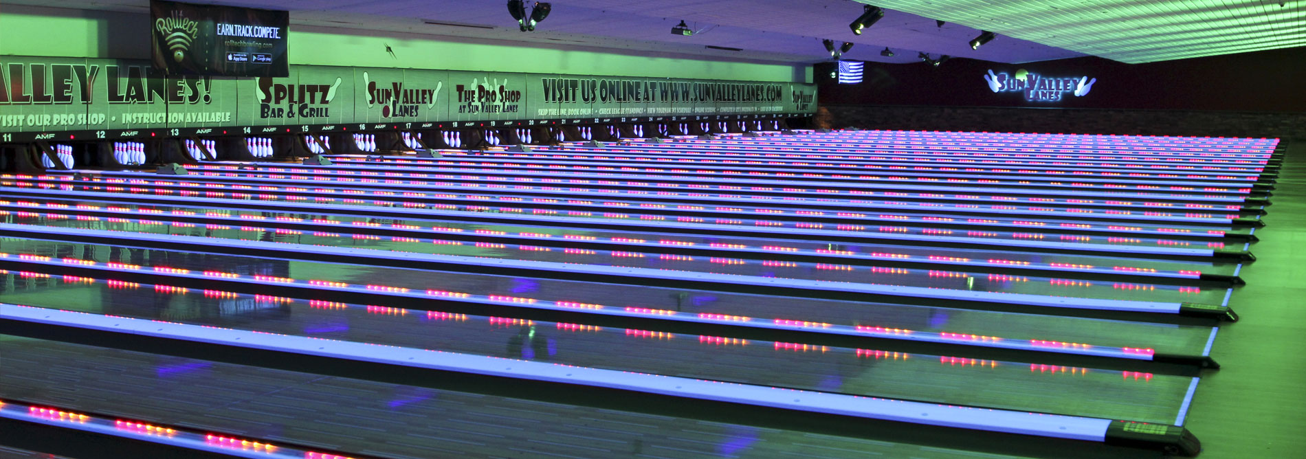 Bowling-QubicaAMF-LANE-ACCESORIES-xtreme-capping-light-banner.jpg